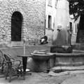 place-fontaine-eglise-revest